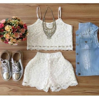 Conjunto Cropped Rendado - Shorts e Cropped