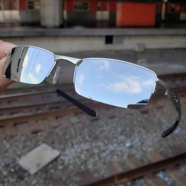 Óculos Oakley Lupinha Lupa Vilão Fio Nylon Cinza Espelhada